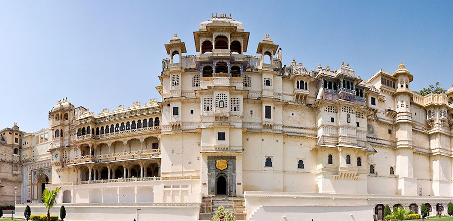 Romantic Rajasthan Tour Package (15 Days 14 Nights)